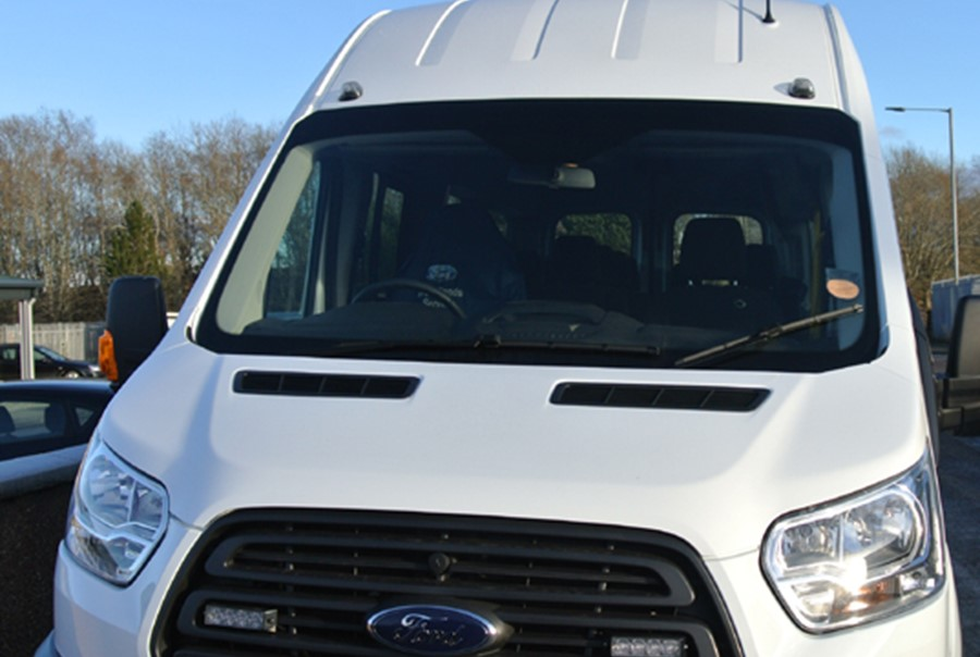 Ford Transit 460 Econetic Tech Minibus